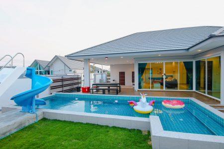 บ้านพักชะอำ - Marine-K Pool Villa