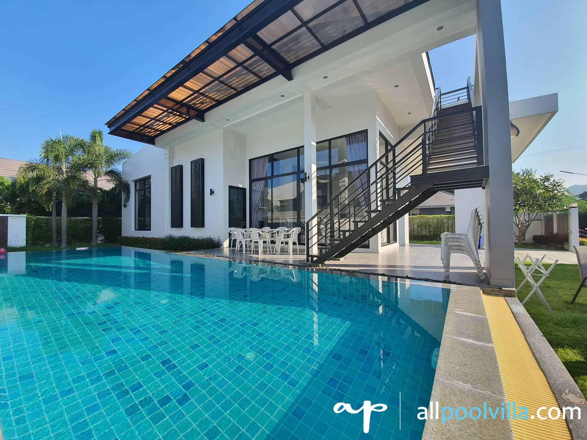 บรรยากาศบ้านพัก V – Grand Deluxe Villa หัวหิน-1