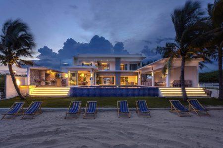 บ้านพักชะอำ - Special Time Villa ( 7 Bedroom )