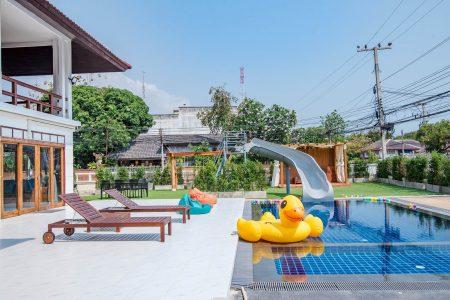 บ้านพักหัวหิน - Breezy Beach Pool Villa