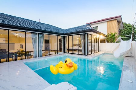 บ้านพักหัวหิน - Vee Beach Pool Villa