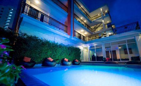 บ้านพักพัทยา - Vanin Pool Villa ( 18  Bedrooms )