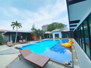 ภาพบรรยากาศบ้านพัก Vanin Pool Villa ( 15 Bedrooms ) พัทยา-3